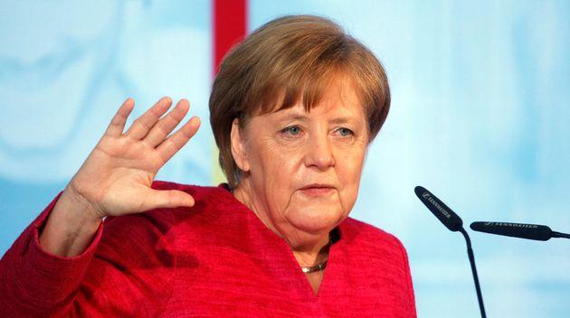 Μέρκελ: Το προσφυγικό χρειάζεται ευρωπαϊκή
