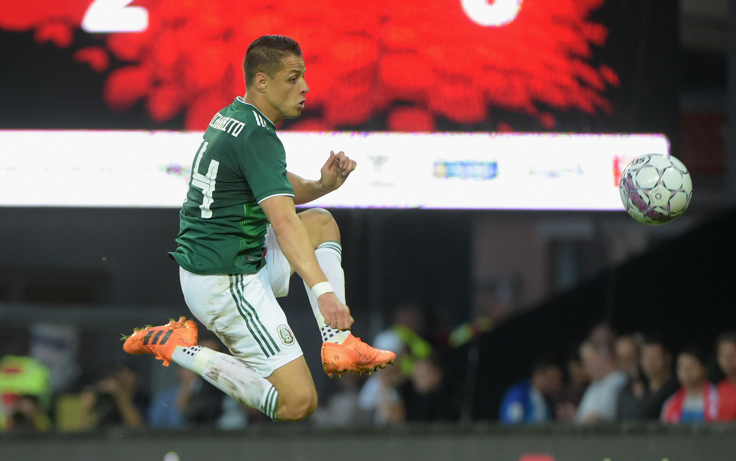 BRONDBY, DENMARK - JUNE 09:  Javier Hernandez of Mexico kicks the ball in the air during International Friendly match between Denmark v Mexico at Brondby Stadion on June 9, 2018 in Brondby, Denmark.  (Photo by Pier Marco Tacca/Getty Images)