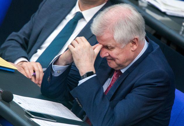 """In einer Aktuellen Stunde im Bundestag zum """"Masterplan Migration"""" von Seehofer gerät..."""
