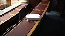 Αποχαρακτηρισμένα έγγραφα φέρνει στη Βουλή ο Τσίπρας για τις διαπραγματεύσεις για το Σκοπιανό από το 1992 λίγο πριν την ψηφοφ...