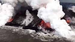 Τι συμβαίνει όταν η καυτή λάβα του ηφαιστείου ξεχύνεται στη θάλασσα. Μαγευτικές όσο και άγριες εικόνες από τη