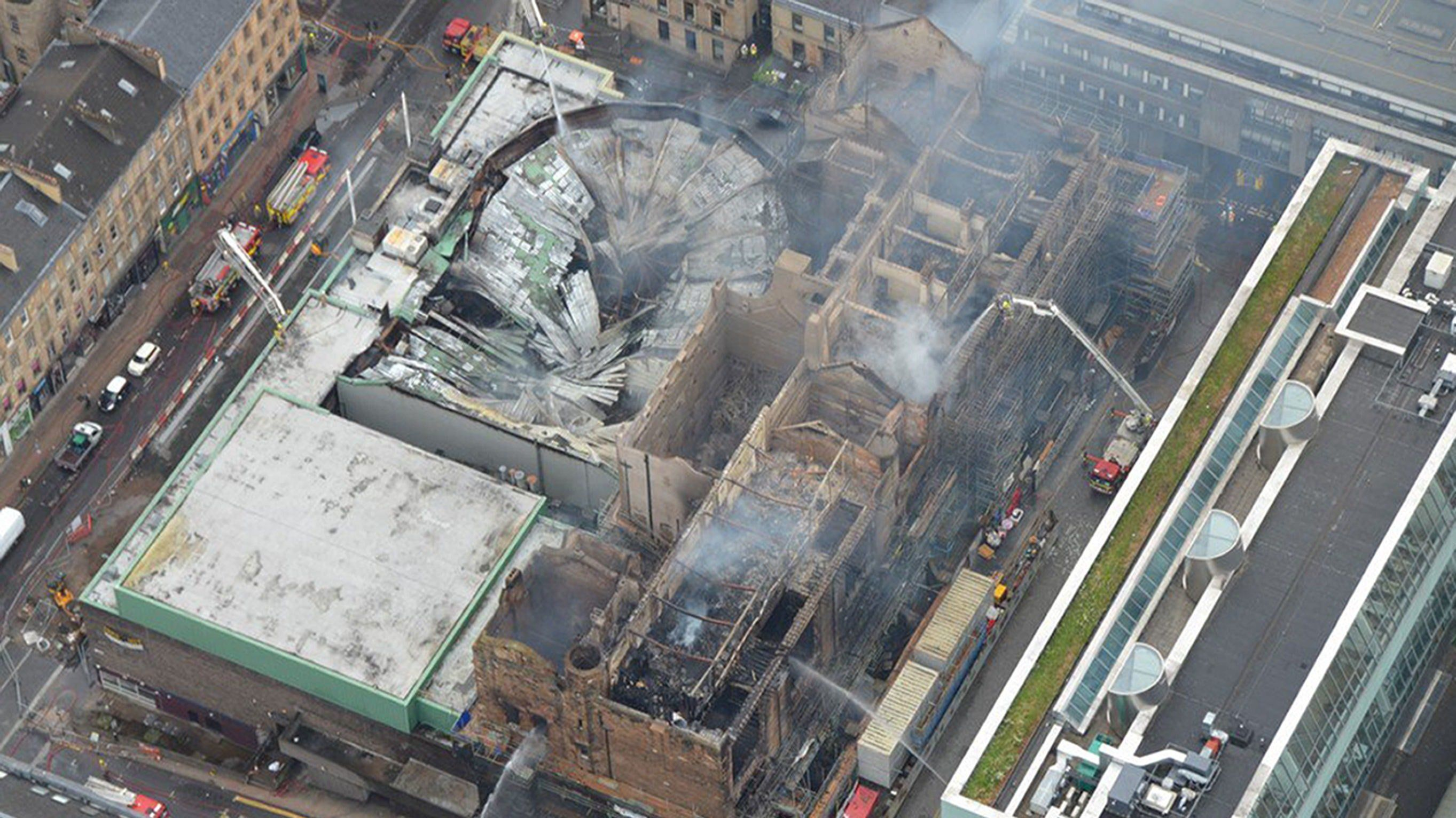 Huge Fire 'Ravages' Glasgow's Iconic Mackintosh Building