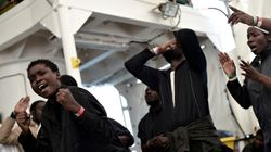 Spain Rescues More Than 900 Boat Migrants, Finds Four