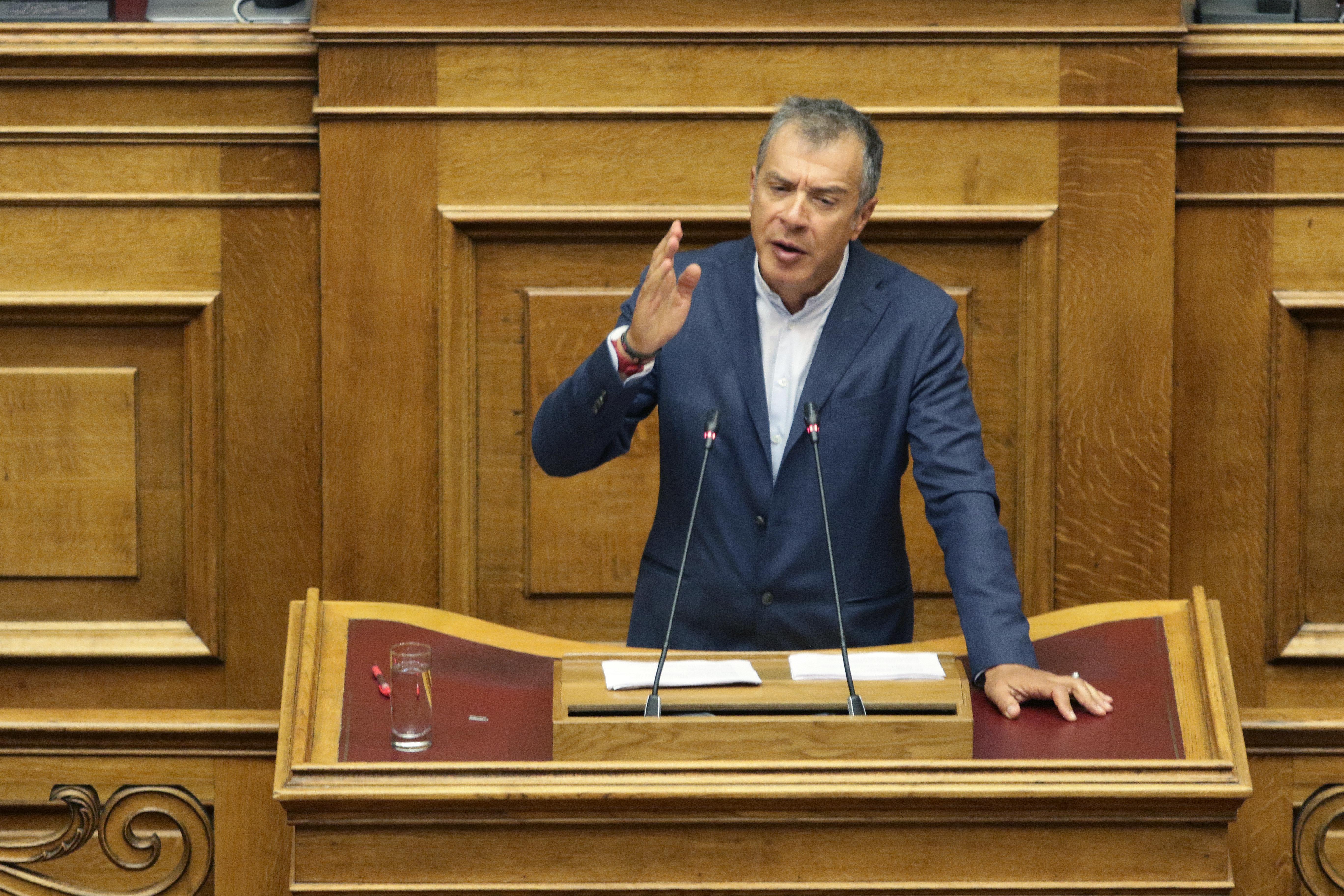 Θεοδωράκης: Χάνουμε ευκαιρίες επί 25