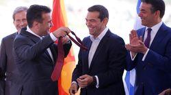 Συμβολική κίνηση Ζάεφ. Χάρισε τη γραβάτα του στον Έλληνα