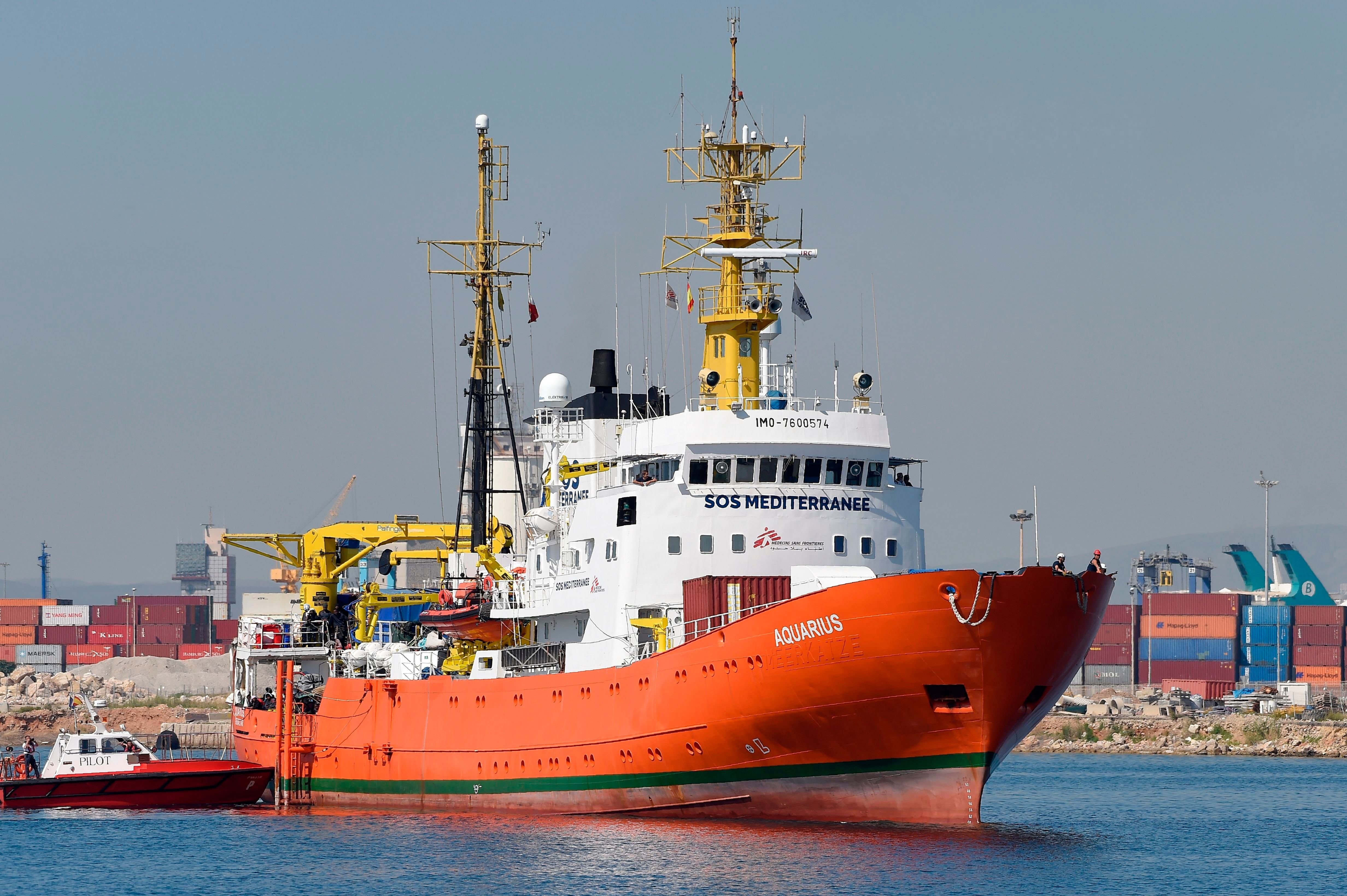 Aquarius Aid Convoy Carrying 630 Migrants Arrive In Spain After A Week At