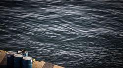 Ένα νέο πλοίο φτάνει στη Σίκινο και οι κάτοικοι του νησιού δεν κρύβουν τη χαρά