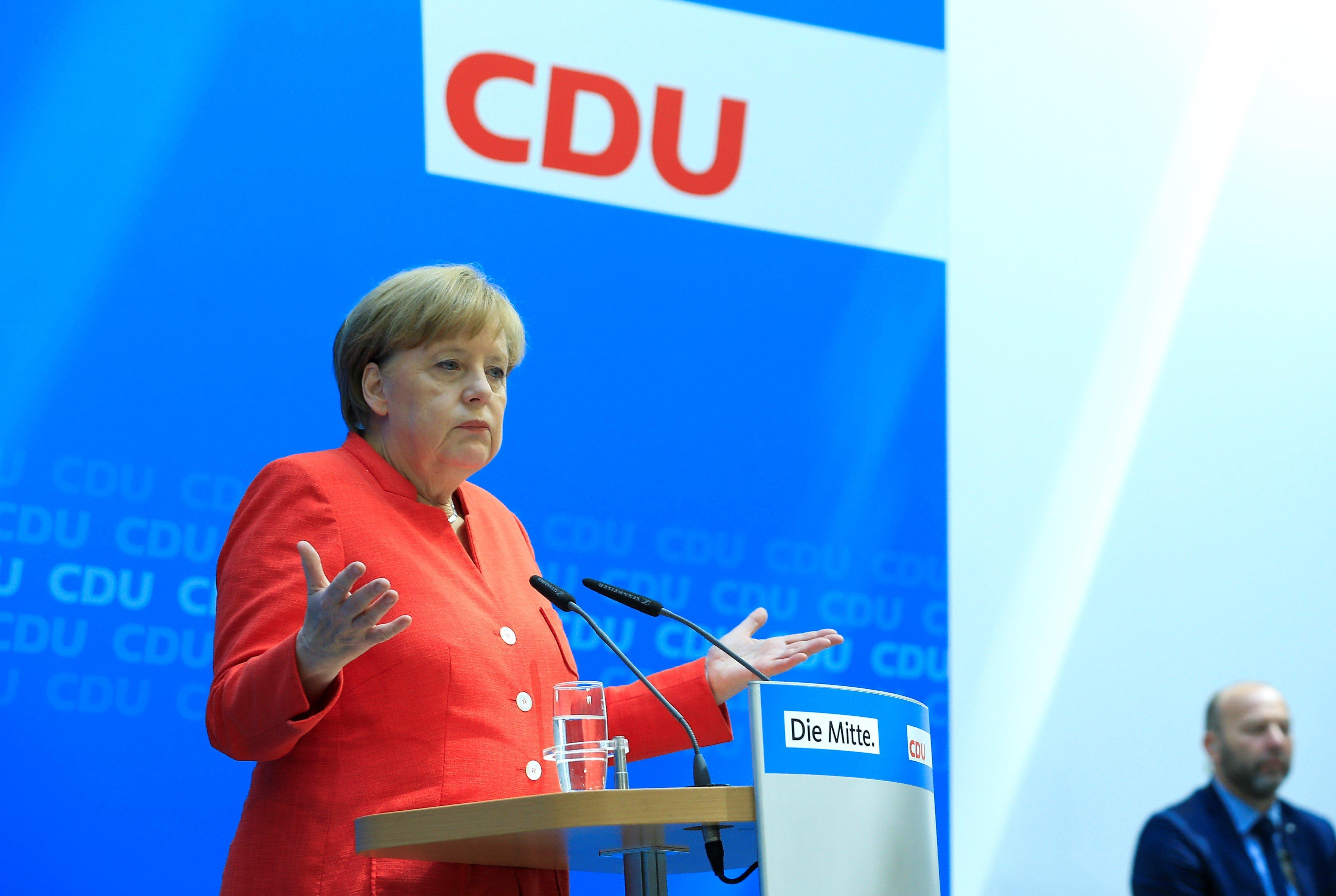 Merkel hat sich von der CSU erpressen lassen – ihre Flüchtlingspolitik könnte teuer werden