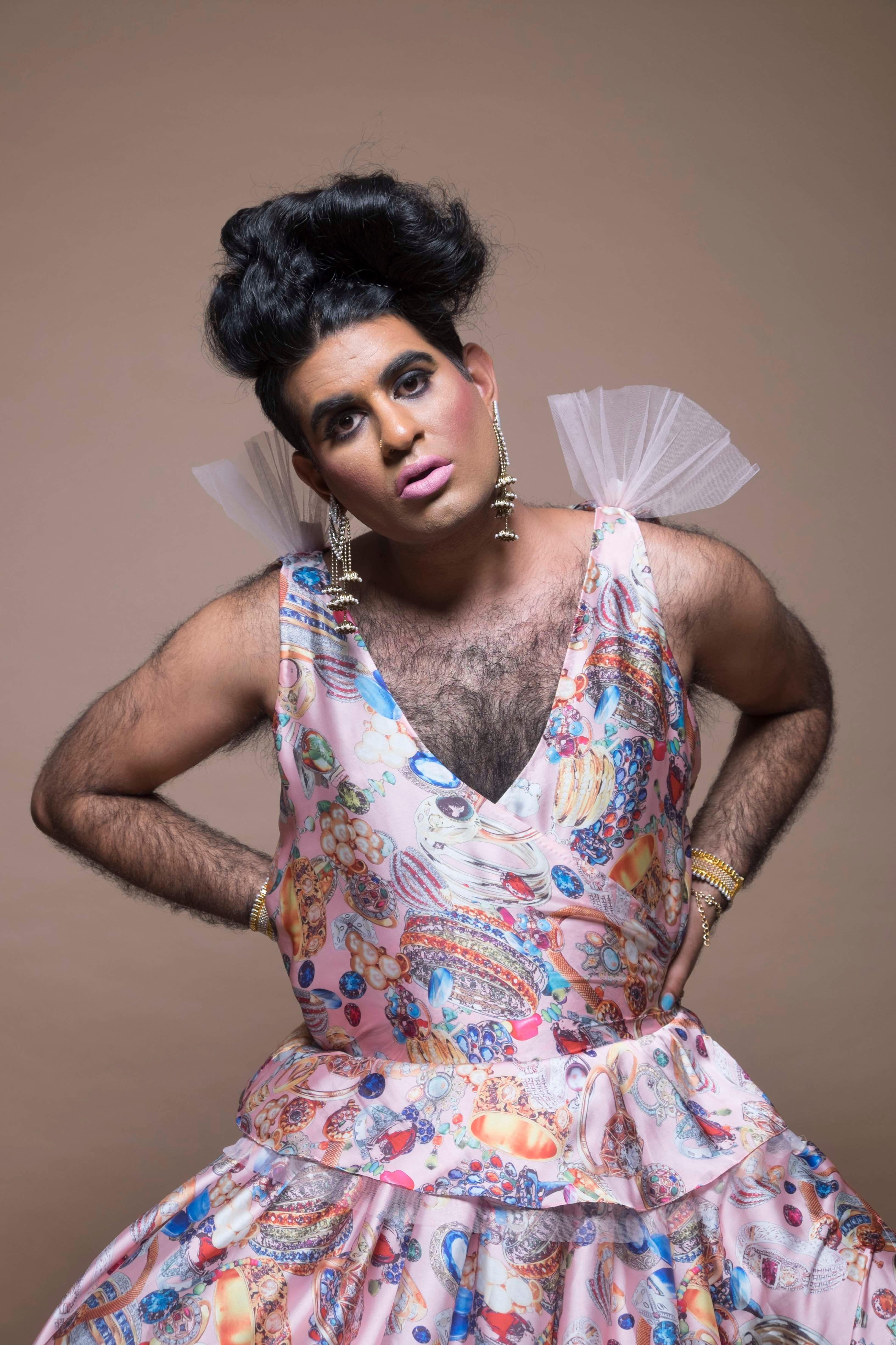 Alok Vaid-Menon is an unapologetic voice in the landscape of queer and trans performance.