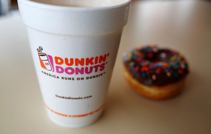 Dunkin' Donuts Sign Asks Customers To Snitch On Workers Not