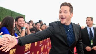 SANTA MONICA, CA - JUNE 16:  Actor Chris Pratt attends the 2018 MTV Movie And TV Awards at Barker Hangar on June 16, 2018 in Santa Monica, California.  (Photo by Christopher Polk/Getty Images for MTV)