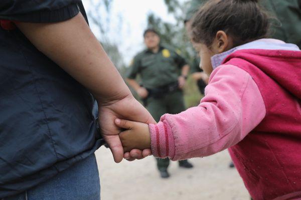 U.S. Border Patrol agents take Central American immigrants into custody on Jan. 4, 2017, near McAllen, Texas.