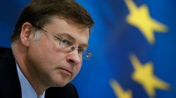 Ντομπρόβσκις: Χρειαζόμαστε τα μέτρα για το χρέος και το ταμειακό