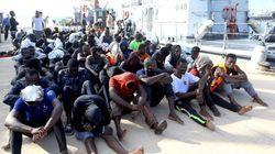 H ακτοφυλακή της Λιβύης ανέσυρε πέντε πτώματα μεταναστών και διέσωσε άλλους