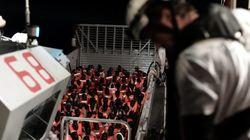 유럽의 정치적 교착 속에 표류된 600여 명의