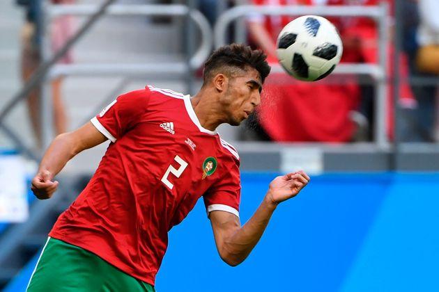 Le défenseur marocain Achraf Hakimi lors du match Maroc-Iran à Saint Pétersbourg,...