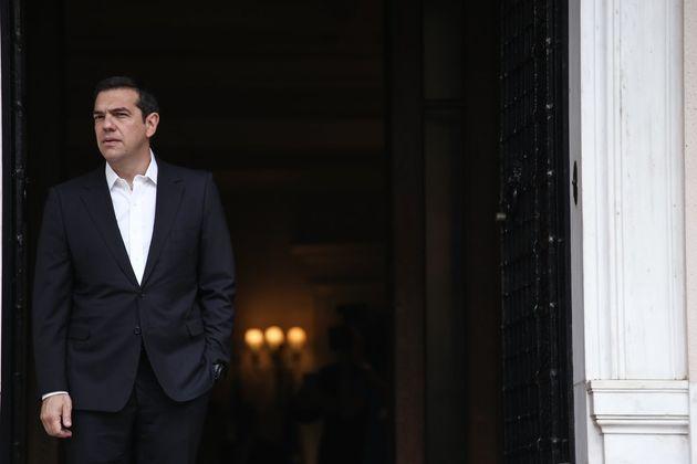 Handelsblatt: Ο «πραγματιστής πολιτικός» Αλέξης Τσίπρας και ο μαραθώνιος που θα κρίνει την τύχη του ελληνικού χρέους