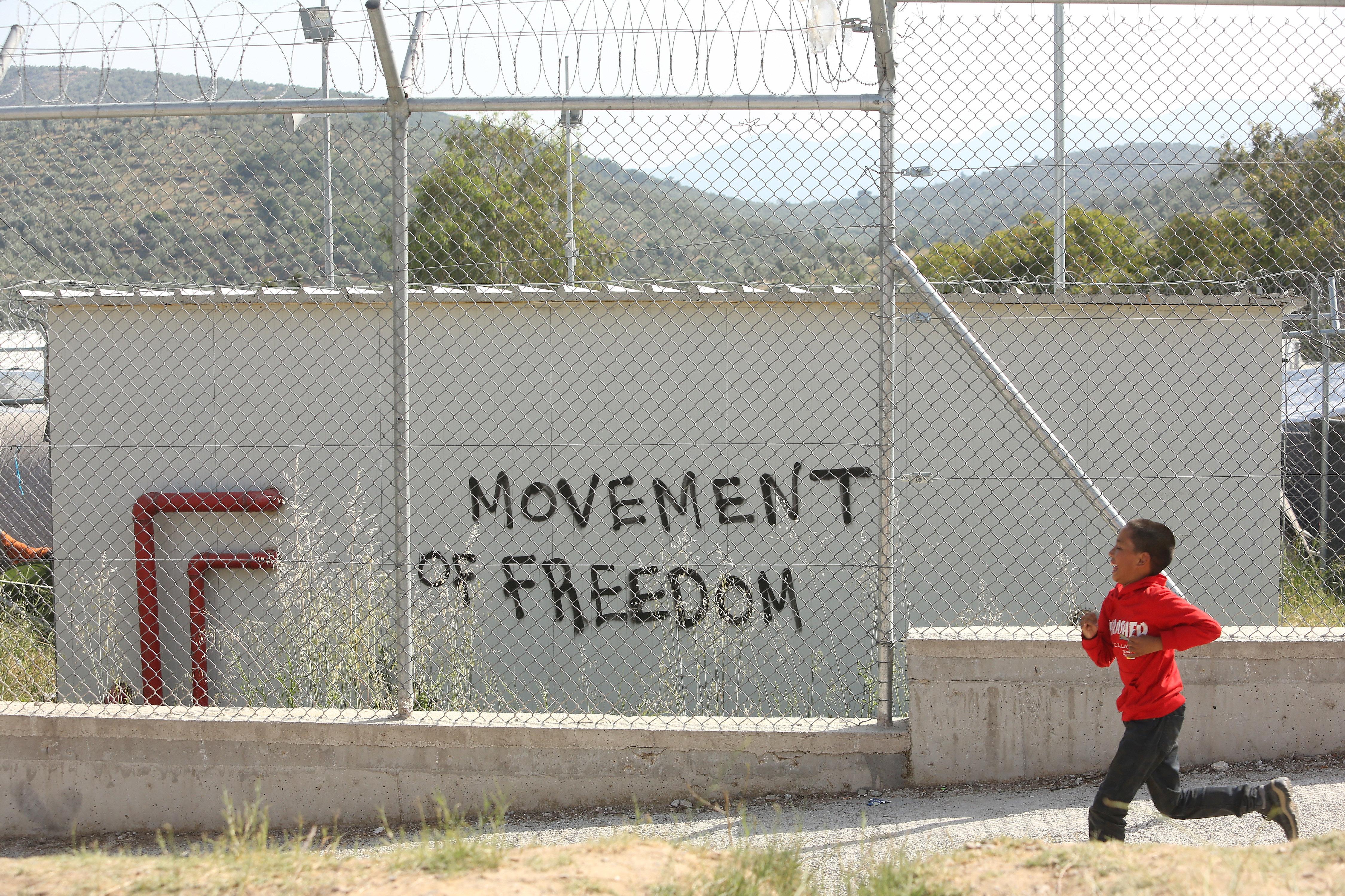Παγκόσμια Ημέρα Προσφύγων: 58.000 άνθρωποι στην Ελλάδα σε κατάσταση αναμονής. Πόσοι είναι στη βόρεια...