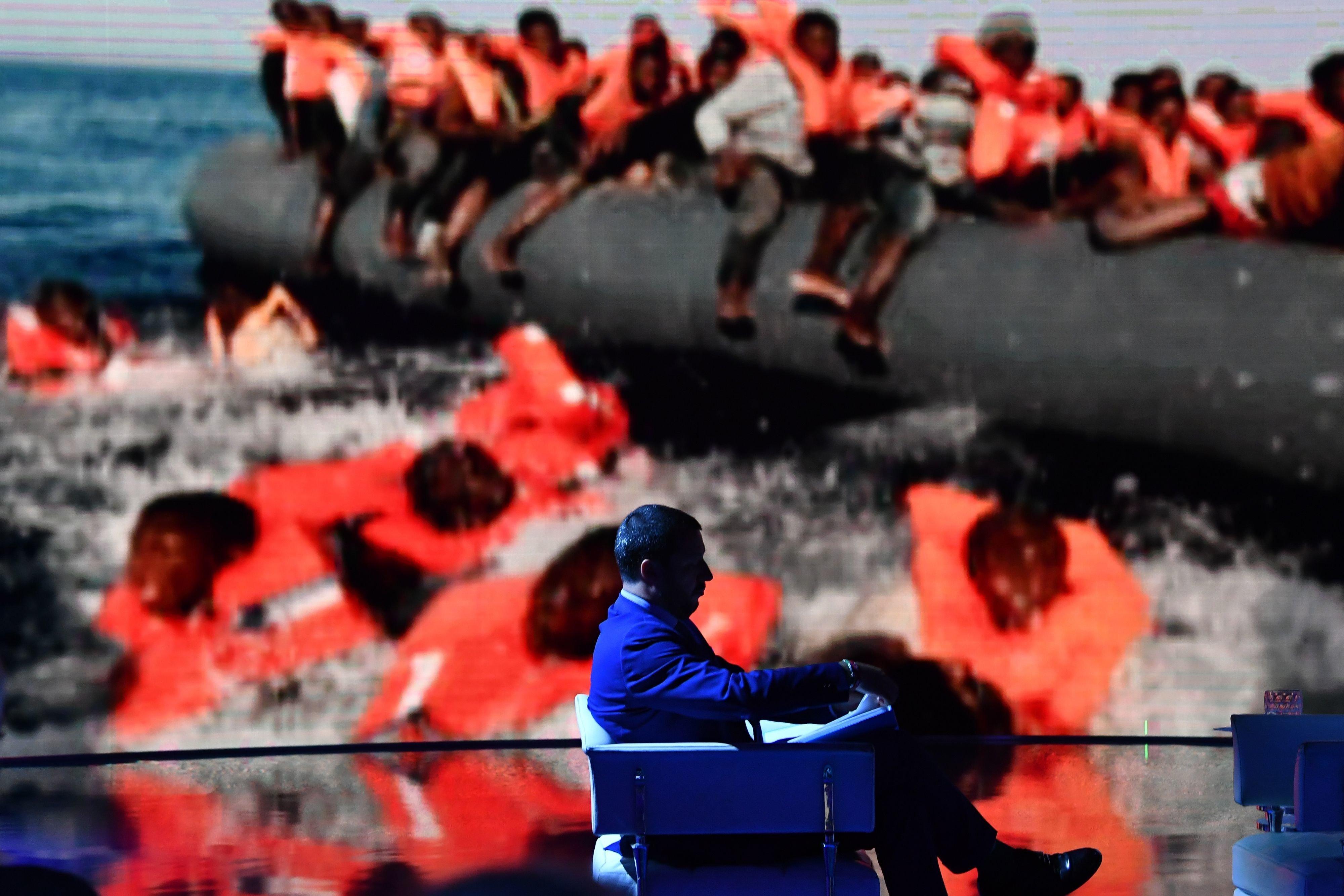 Η κυβέρνηση Κόντε απειλεί με αποχή από τη Σύνοδο Κορυφής εάν «όλα έχουν ήδη συμφωνηθεί για το