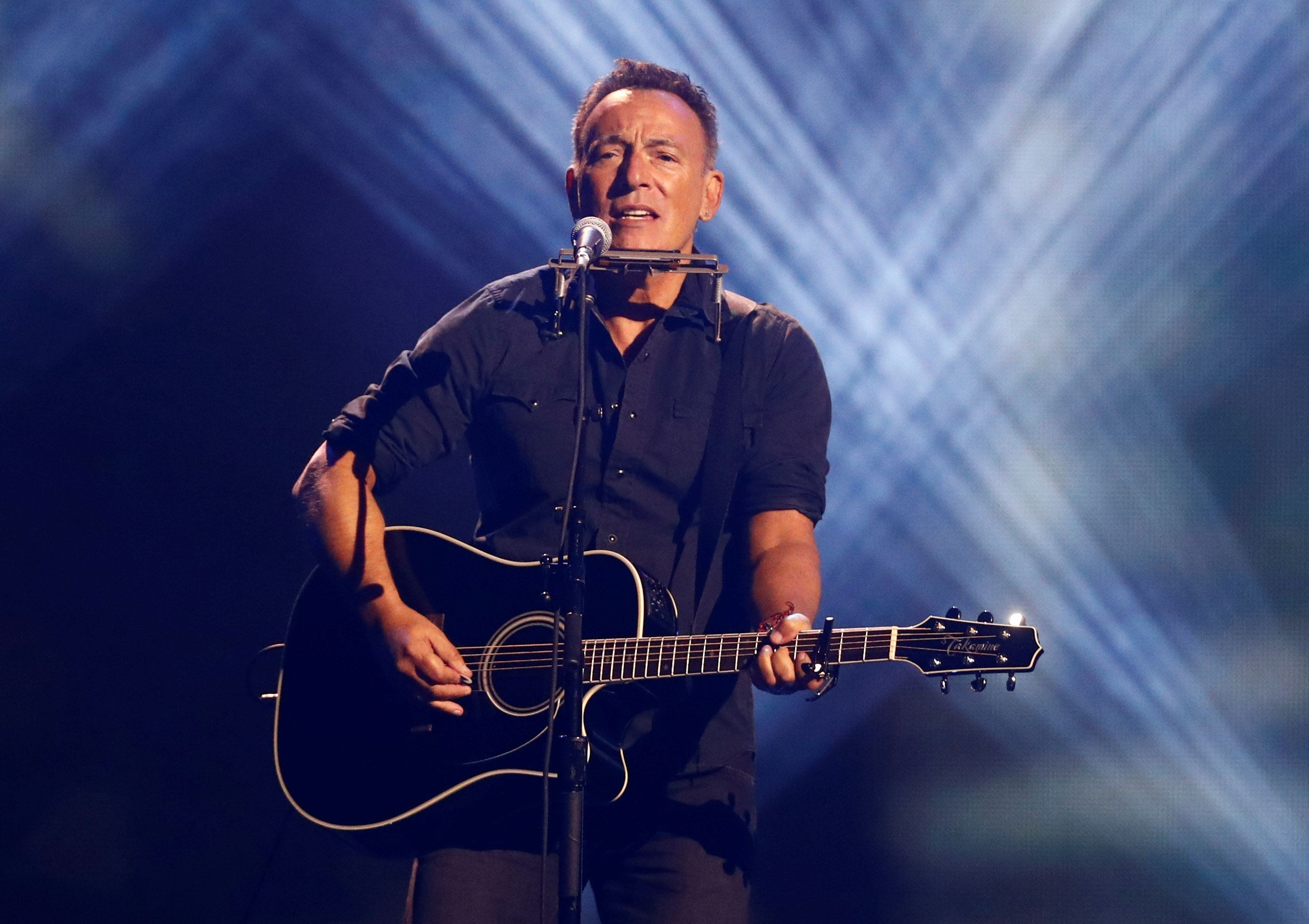 Singer Bruce Springsteen performs during the closing ceremony for the Invictus Games in Toronto, Ontario, Canada September 30, 2017.    REUTERS/Mark Blinch