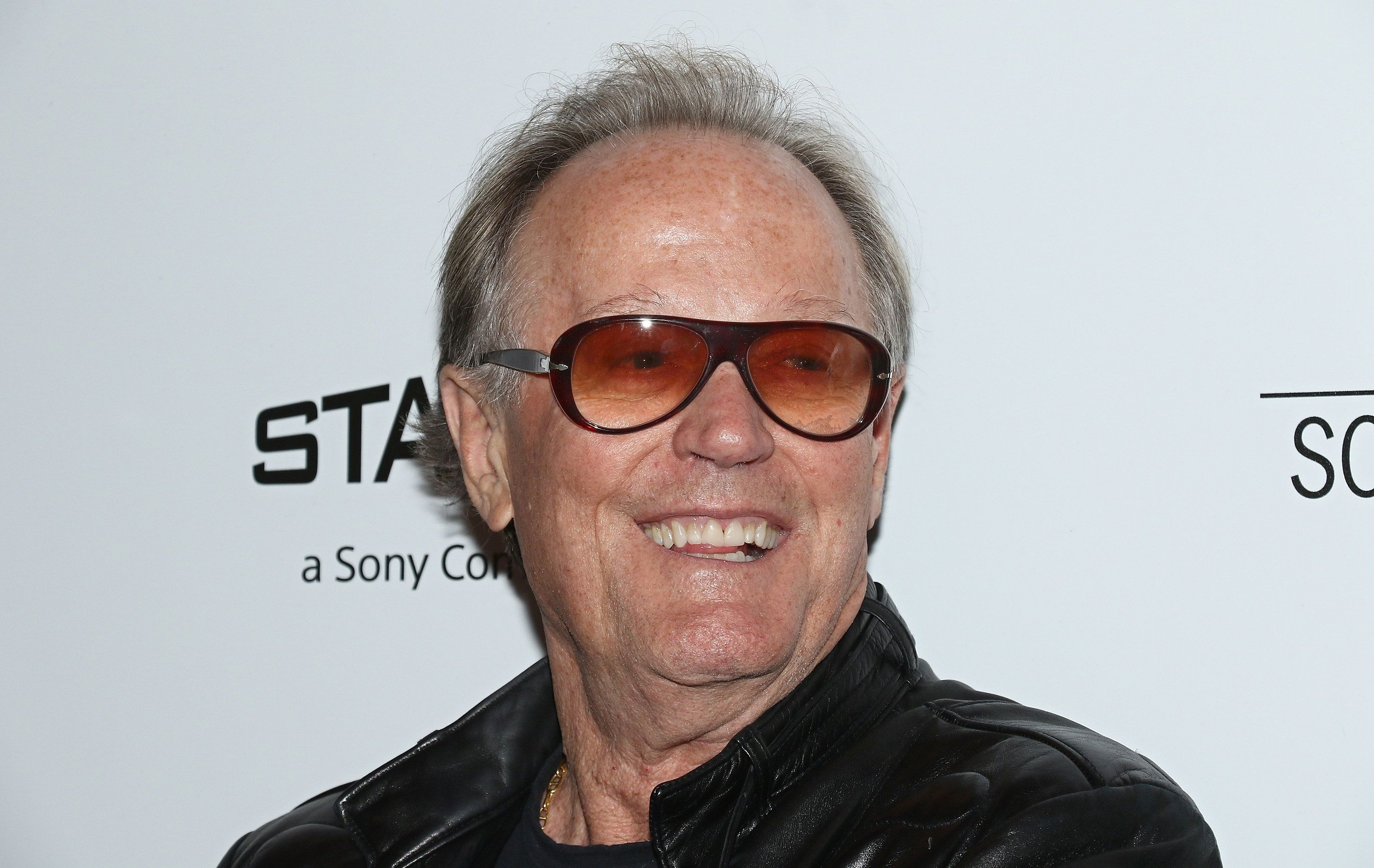Peter Fonda apologizes for 'inappropriate and vulgar' tweet about Barron Trump