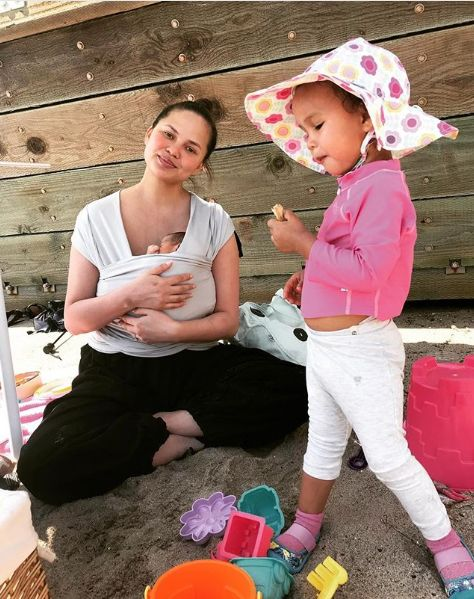 Chrissy Teigen's Daughter Has No Time For Fancy Dress Gender Boundaries And She's Not The Only