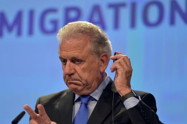 Αβραμόπουλος: Ανάγκη για κοινή ευρωπαϊκή απάντηση στην προσφυγική