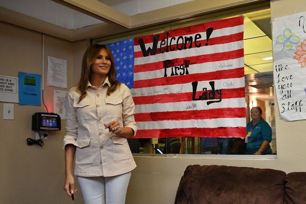 Επανενώνει τις οικογένεις των μεταναστών ο Τραμπ αλλά διατηρεί την πολιτική μηδενικής