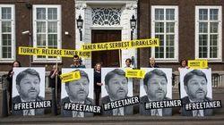 Στη φυλακή παραμένει ο επικεφαλής της Διεθνούς Αμνηστίας στη