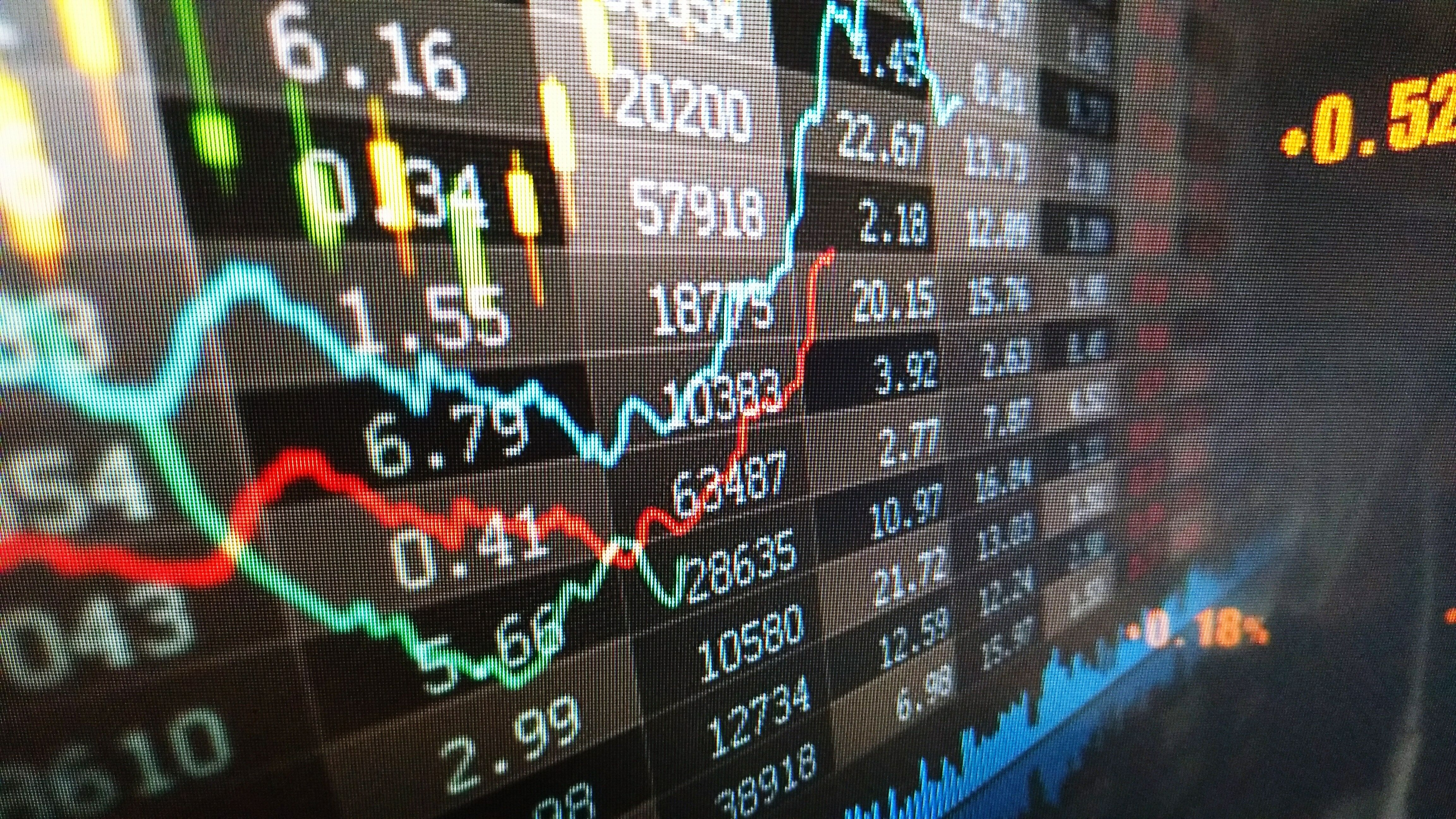 Novice Trader Makes £9m After His Practice Account Turns Out To Be The Real