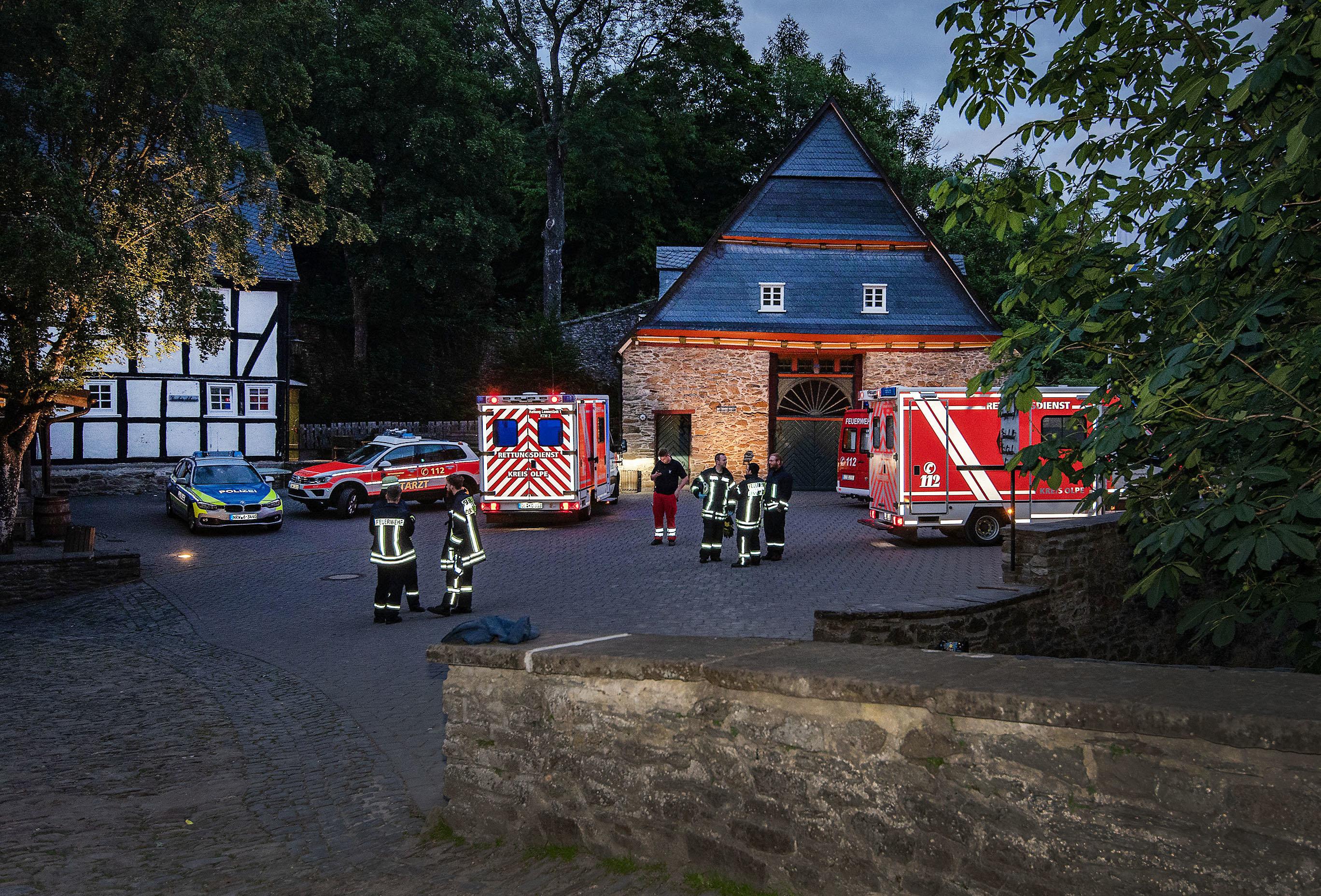 Sauerland: Zwei Schulklassen prügeln sich – am Ende muss ein Rettungshubschrauber