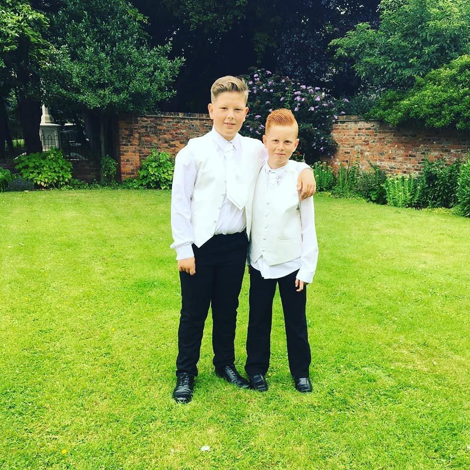 UK: Diese Jungs dürfen nicht mehr die Schule betreten – wegen ihres