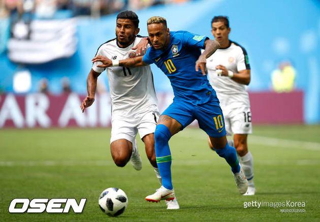 '네이마르 쐐기골' 브라질, 코스타리카 2-0 잡고