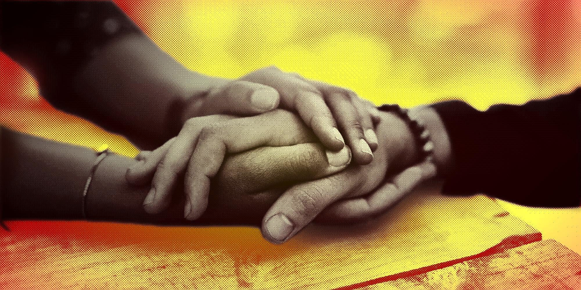 Cómo apoyar a un ser querido en su proceso de transición de