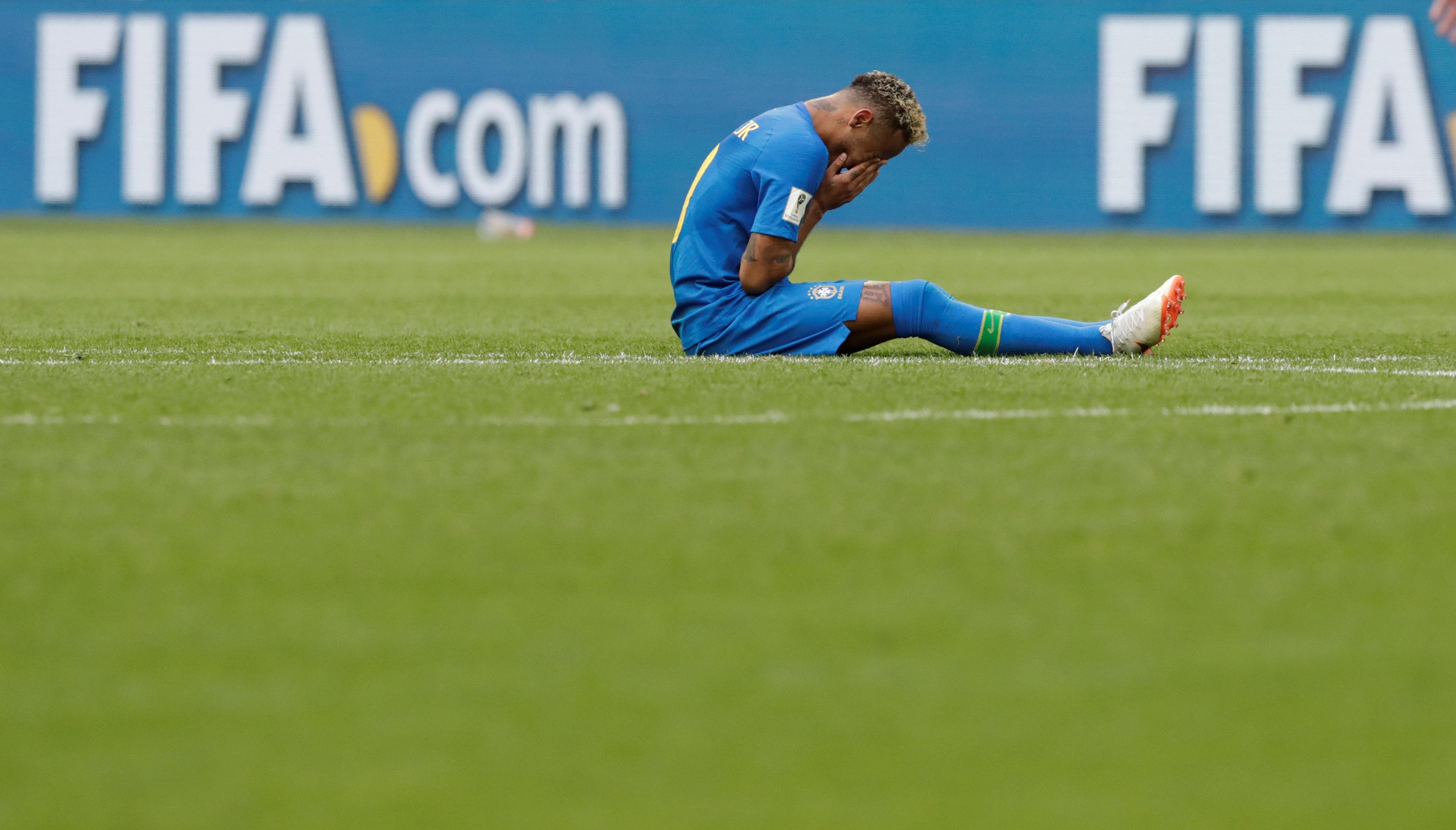 Liebe Fußballer, ihr seid verdammte Jammerlappen – die Abrechnung einer Handballerin