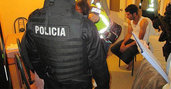 Espagne: démantèlement de deux réseaux de trafic de migrants mineurs