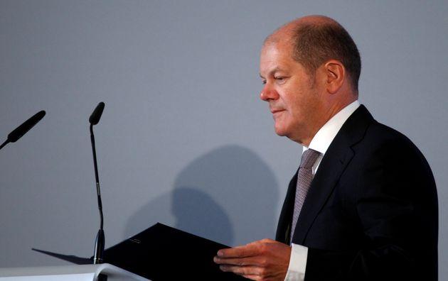 Σολτς: Μη αναστρέψιμο το ευρώ, διασφαλίζει το κοινό μας μέλλον στην