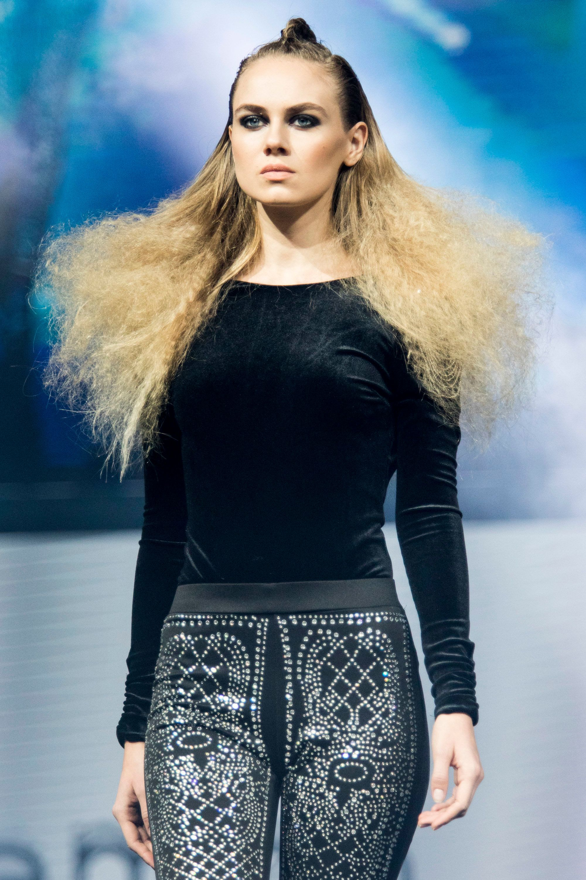 What Actually Causes Frizzy