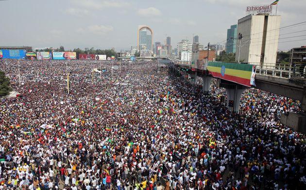 Έκρηξη σε πολιτική συγκέντρωση του πρωθυπουργού της Αιθιοπίας. 83 οι