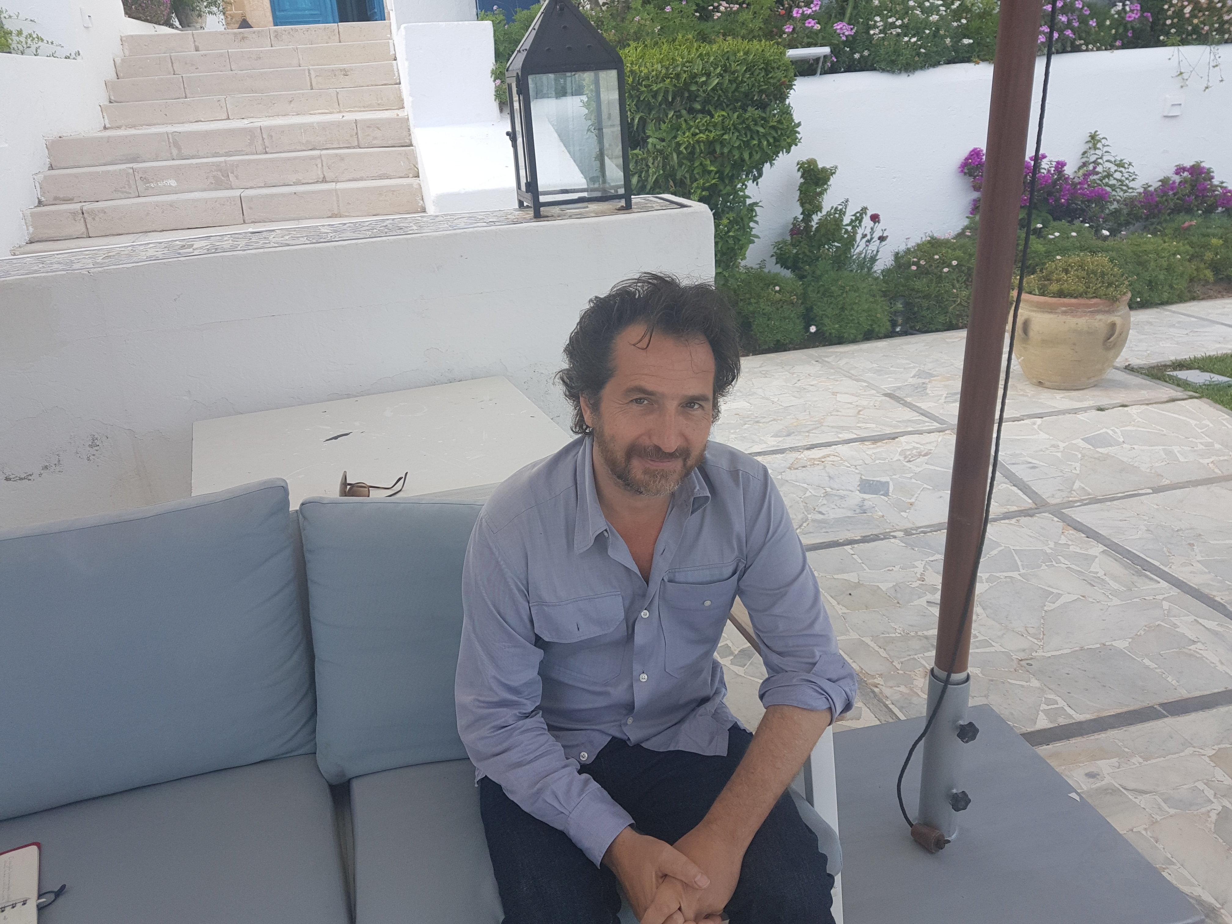 Exclusif - De Tunis Édouard Baer se livre au HuffPost