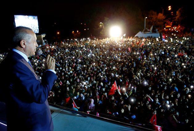 대선·총선 승리로 터키 에르도안 대통령이 '장기집권' 문을