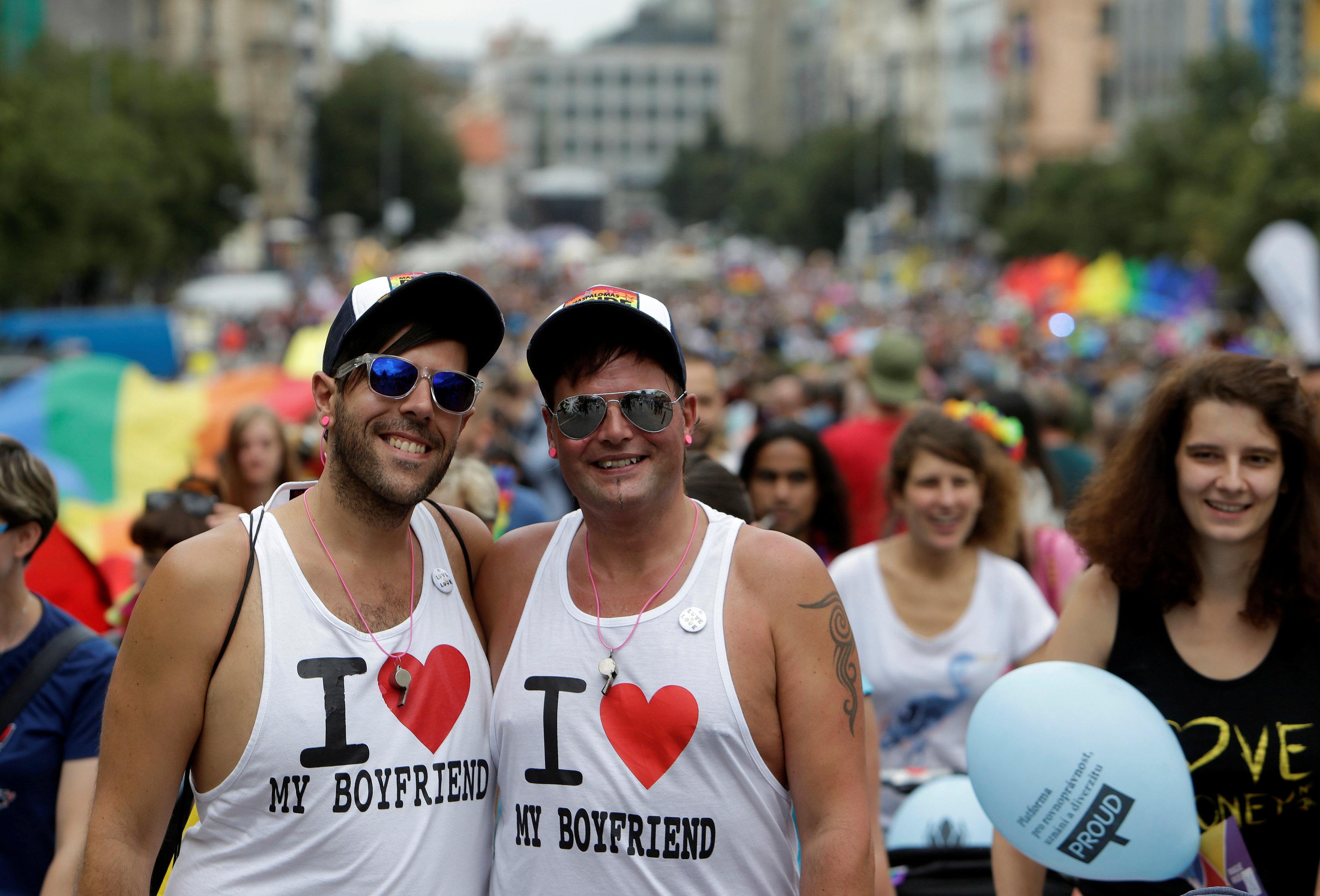 체코가 동성 결혼 법제화에 한 걸음 더