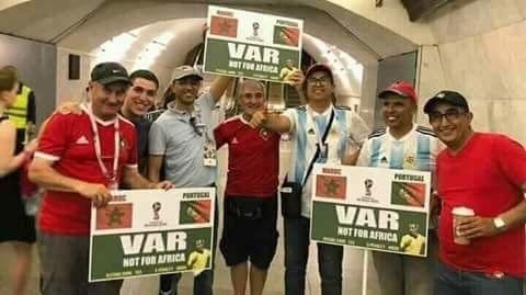 Affiches, tee-shirts, slogans... les supporters marocains décidés à protester contre la FIFA durant le...