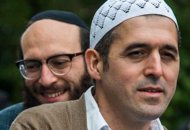 Juifs et musulmans appellent à la tolérance en se baladant en tandem dans les rues de