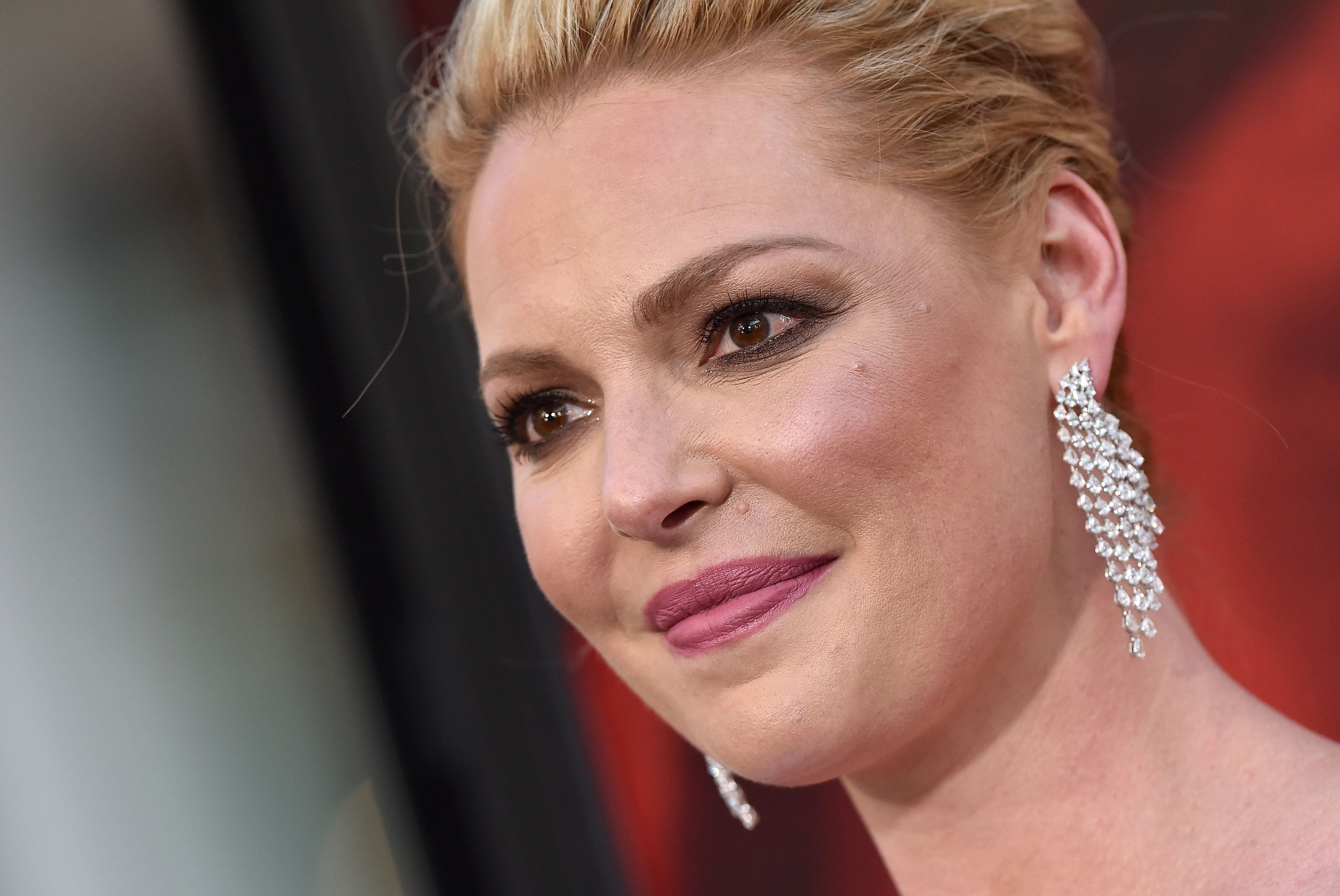 HOLLYWOOD, CA - APRIL 18:  Actress Katherine Heigl arrives at the premiere of Warner Bros. Pictures' 'Unforgettable' at TCL Chinese Theatre on April 18, 2017 in Hollywood, California.  (Photo by Axelle/Bauer-Griffin/FilmMagic)