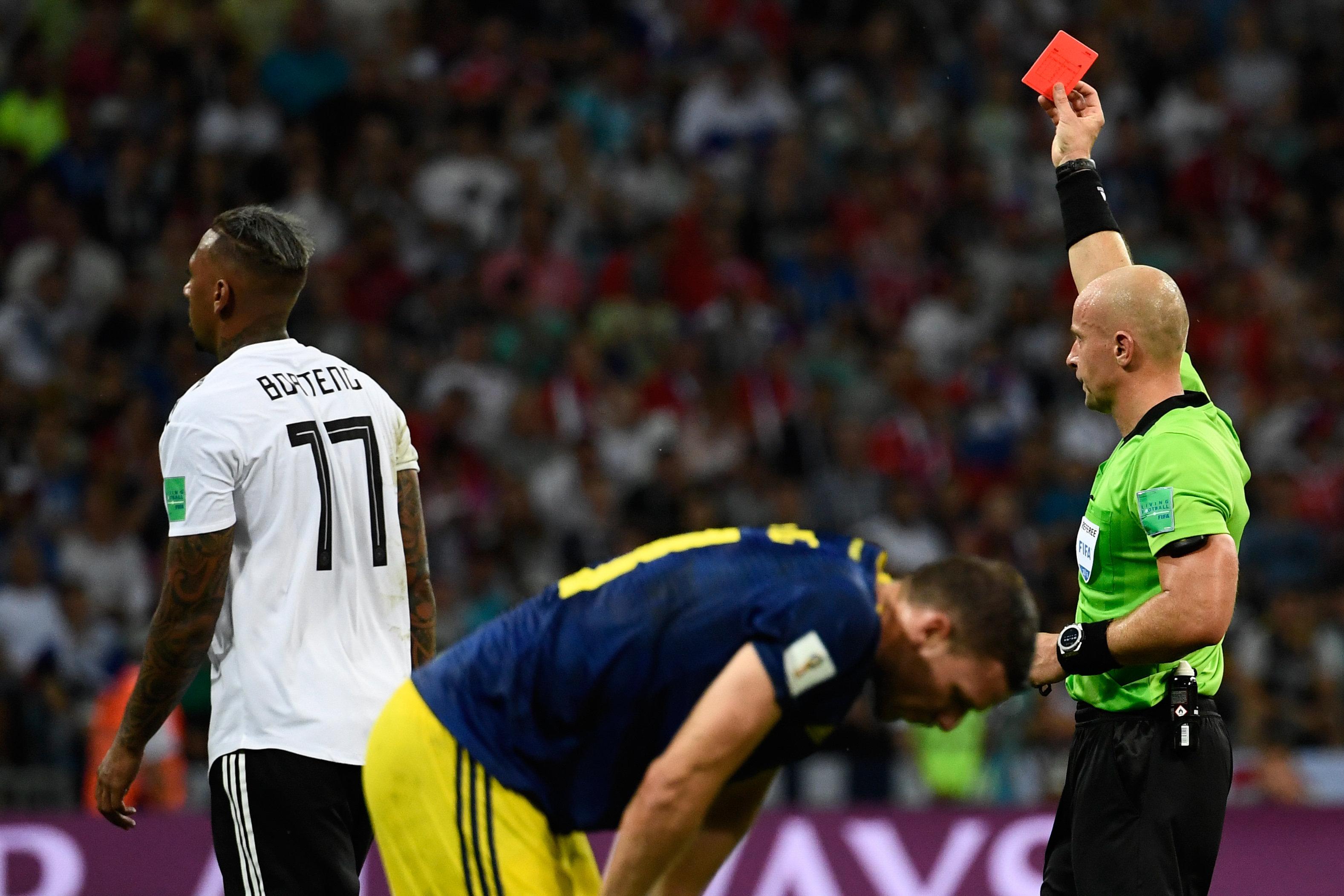 """""""Wahnvorstellungen"""": Englands Fußball-Experten gehen Rot-Sünder Boateng heftig an"""