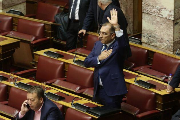 Δημήτρης Καμμένος: Τσίπρας και Καμμένος έχουν συνεννοηθεί να ρίξουν την κυβέρνηση πριν την κύρωση της...