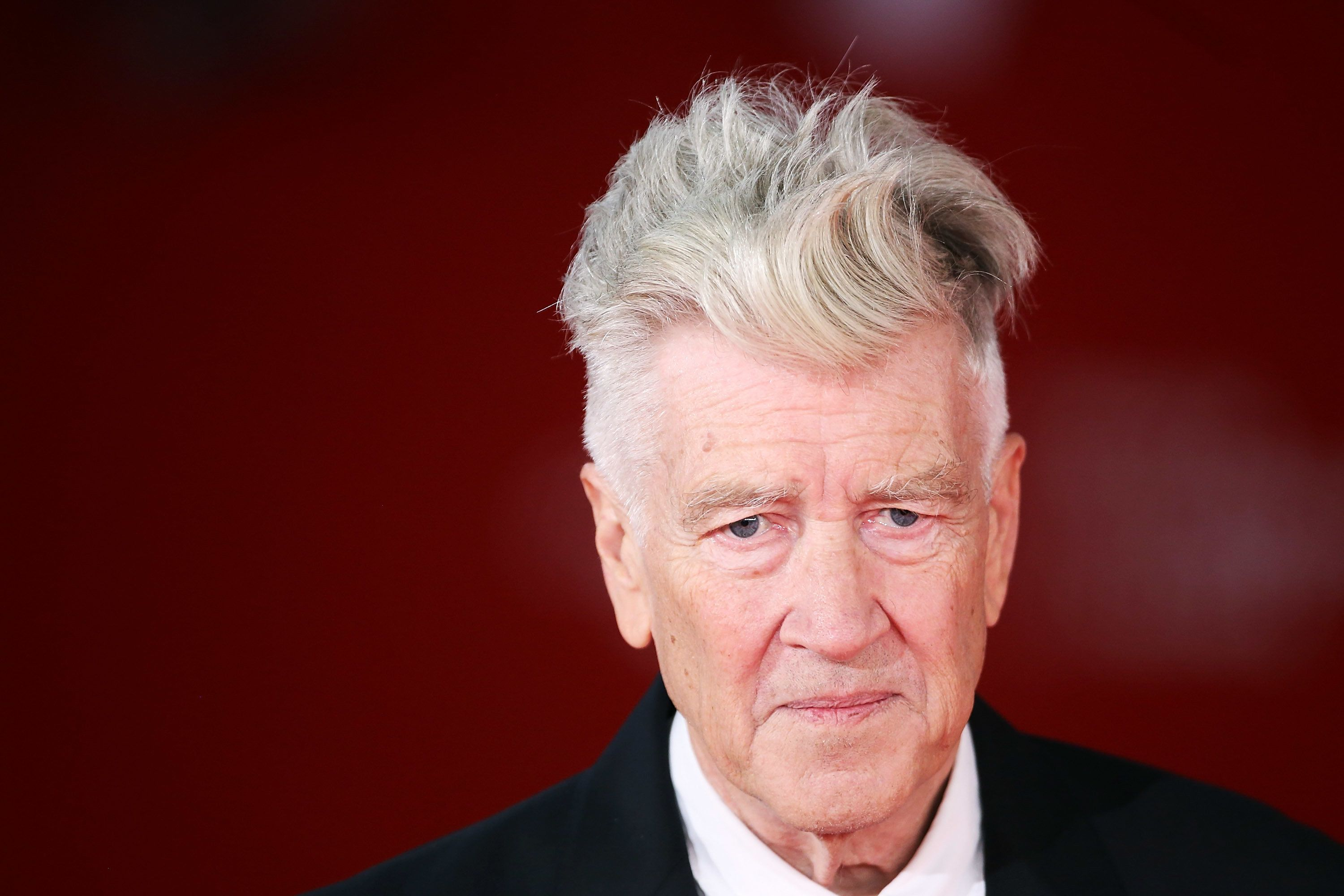 ROME, ITALY - NOVEMBER 04:  David Lynch walks the red carpet during the 12th Rome Film Fest at Auditorium Parco Della Musica on November 4, 2017 in Rome, Italy.  (Photo by Maria Moratti/Contigo/Getty Images)
