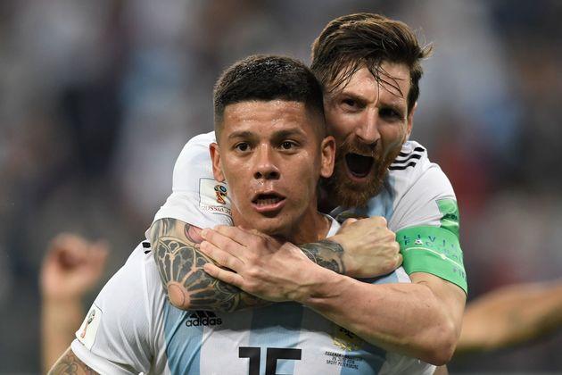 아르헨티나가 극적으로 16강 진출에