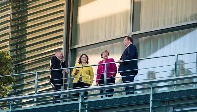 Ασυμφωνία Μέρκελ και Χριστιανοκοινωνικής Ένωσης στο θέμα του ασύλου. Δεν αποκλείουν πρόωρες εκλογές οι